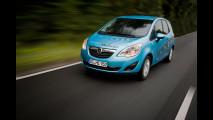 Su strada con le Opel del futuro