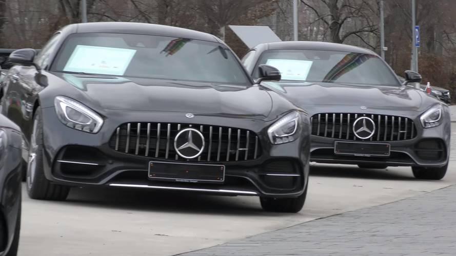 Bu video ile Mercedes-AMG bayisinde bir tur atın