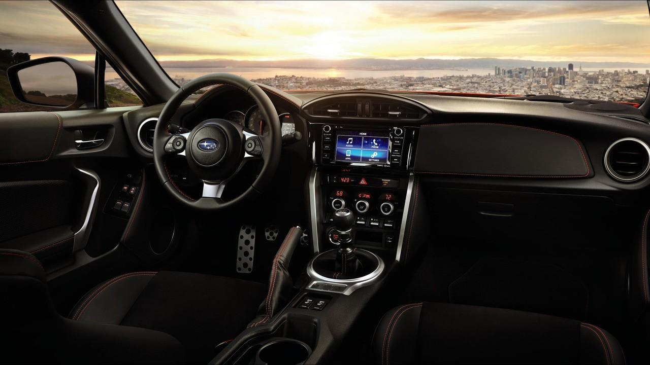 2017 makyajlı Subaru BRZ artı 5 bg ve bir çok yenilikle geliyor