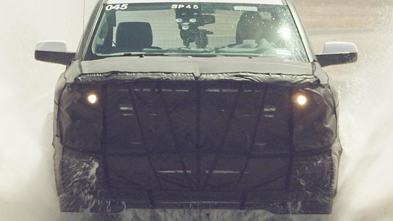 2014 Chevrolet Silverado official spy photo 12.7.2012