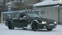 New Jaguar XJ Mule Spied