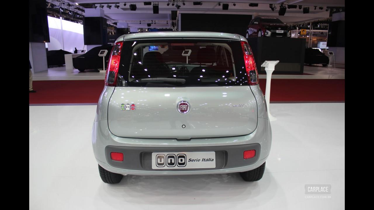 """Fiat Uno ganha série especial """"Itália"""" com mais equipamentos e preço de R$ 31.430"""