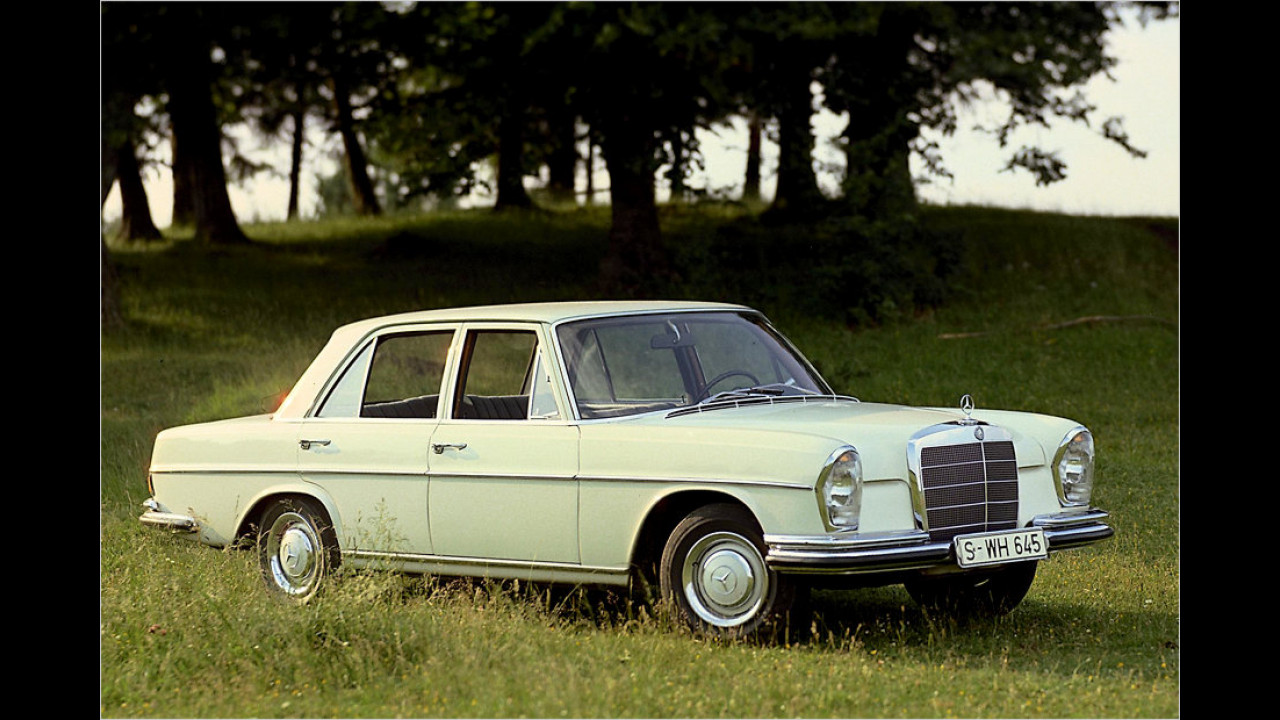Mercedes 250 S (1965)