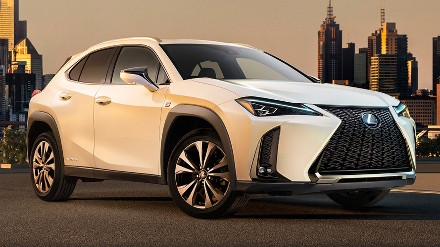 Lexus UX, foto e video per scoprirla