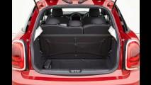 Volta Rápida: MINI Cooper 5 portas troca design por espaço
