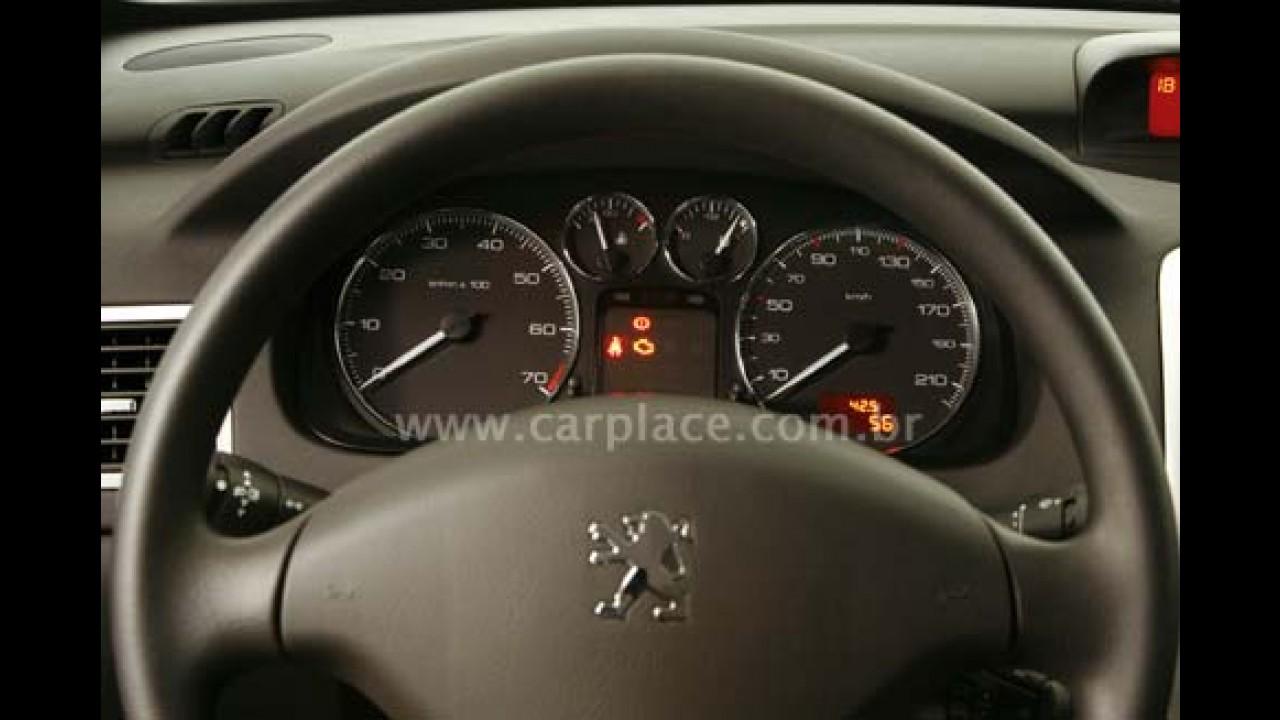 Peugeot lança nova versão Presence para os modelos 307 Hatchback e Sedan