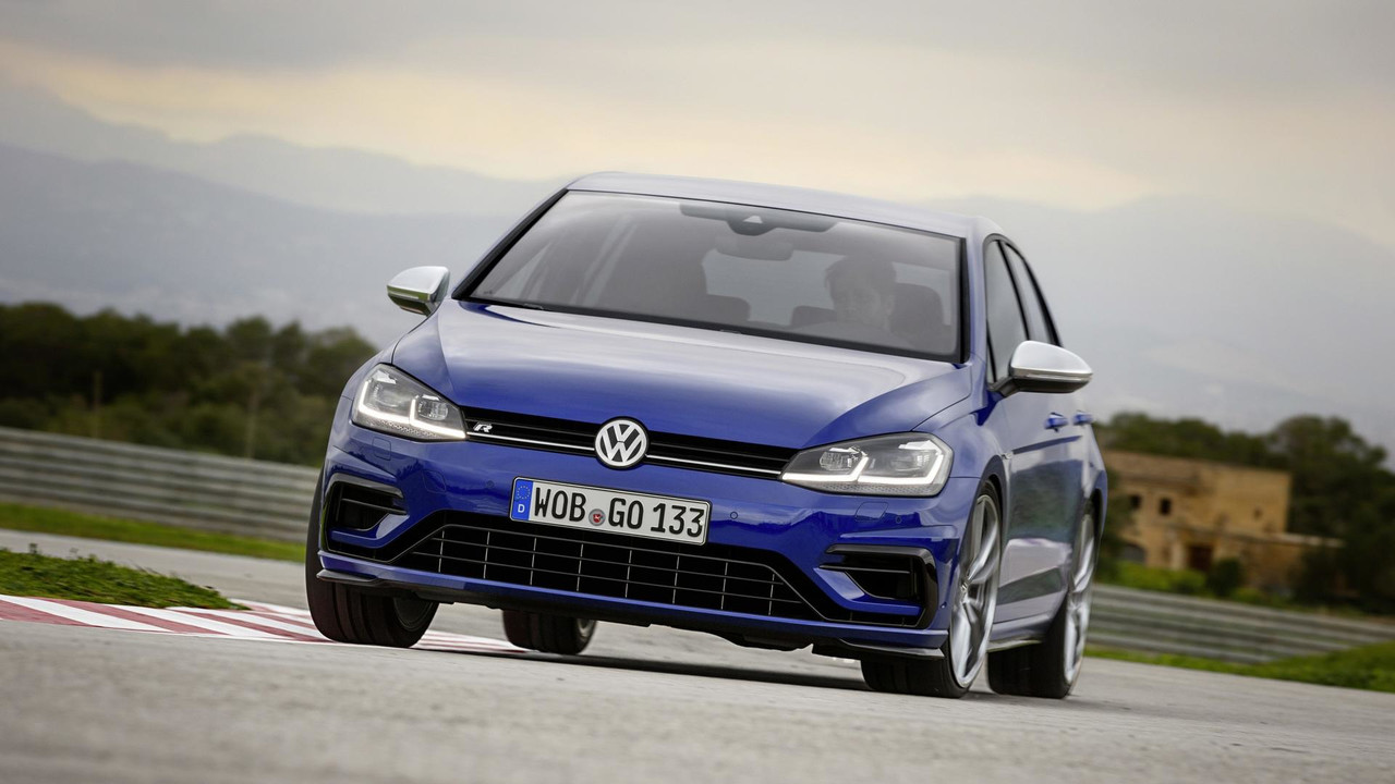 volkswagen golf r restyl e premi res infos premi res photos. Black Bedroom Furniture Sets. Home Design Ideas