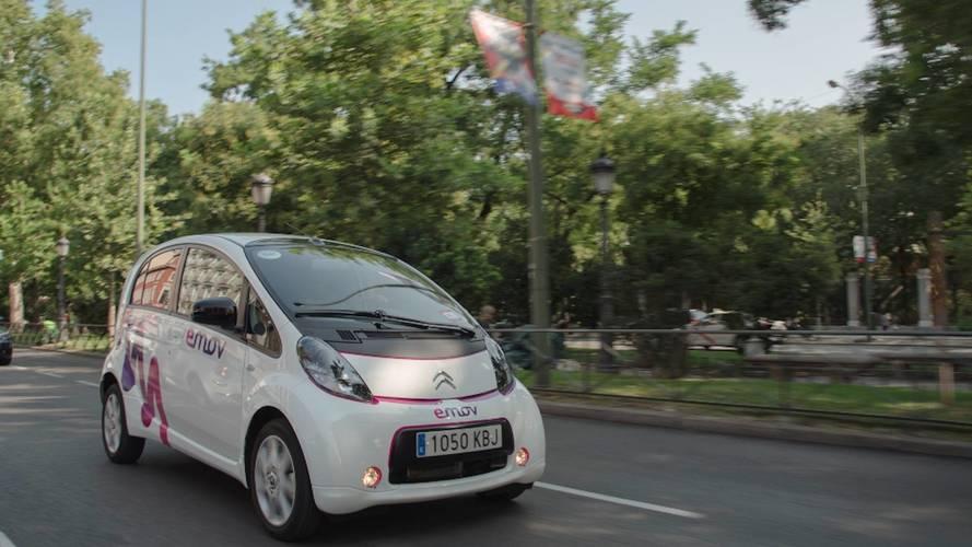 emov amplía su flota de coches eléctricos y su zona de uso