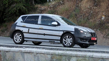 2014 Nissan Tiida replacement spy photo 17.07.2013