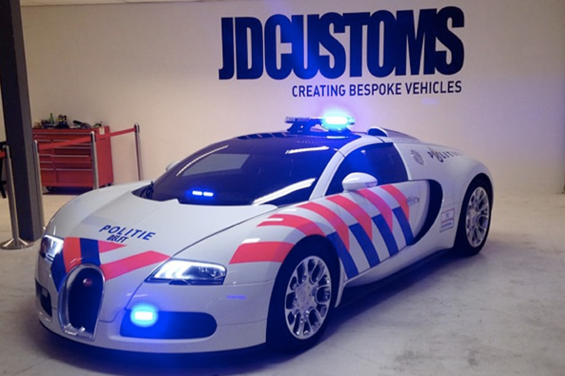 Pull Over! This Bugatti Veyron got a Dutch Police Makeover