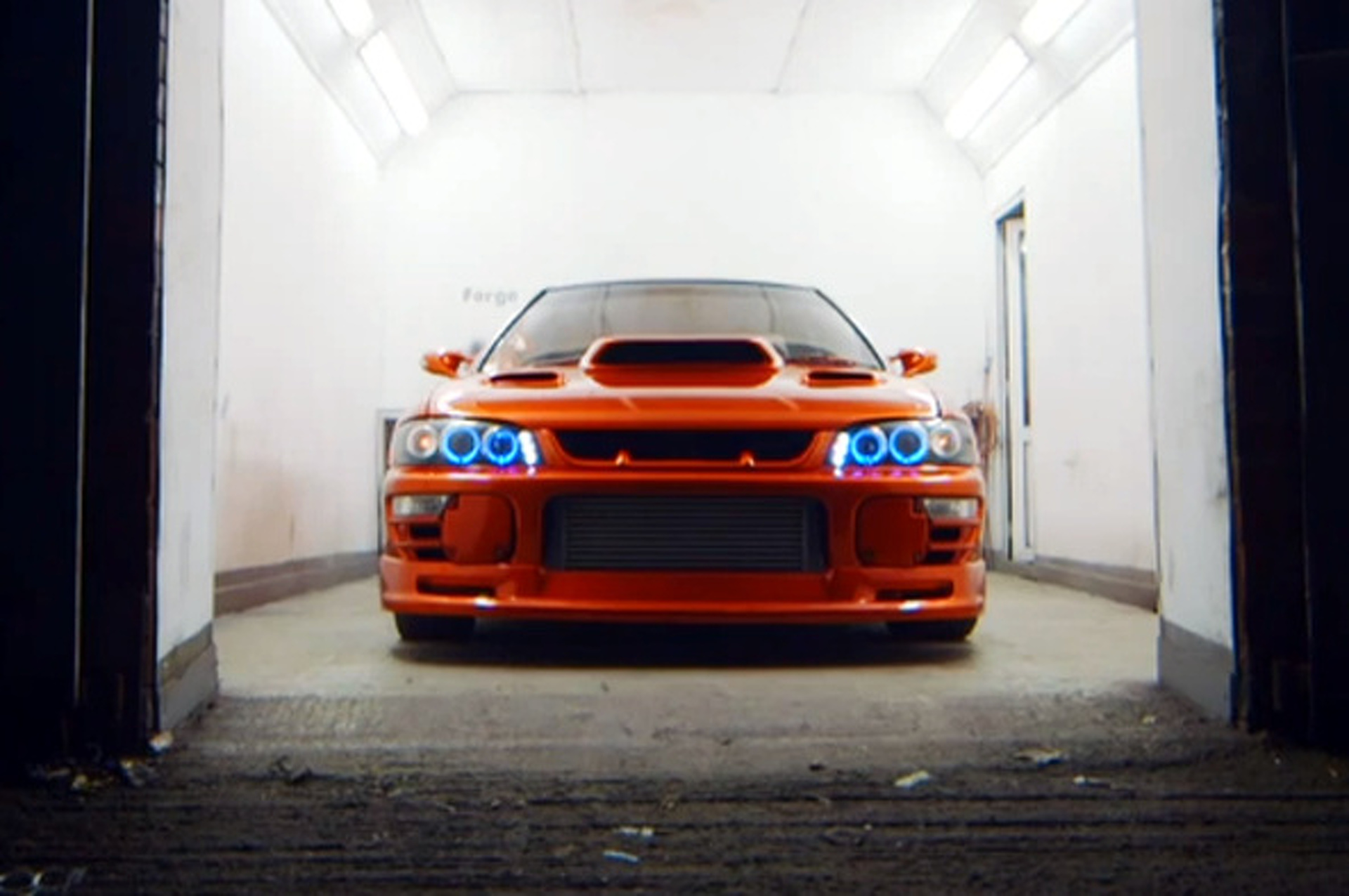 Vice Examines UK's Thriving Underground Racing Scene [video]
