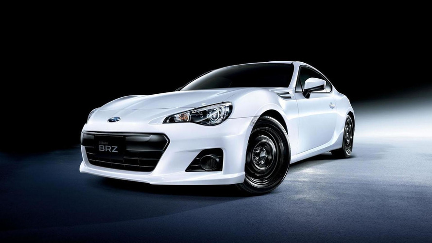 2015 Subaru BRZ introduced in Japan