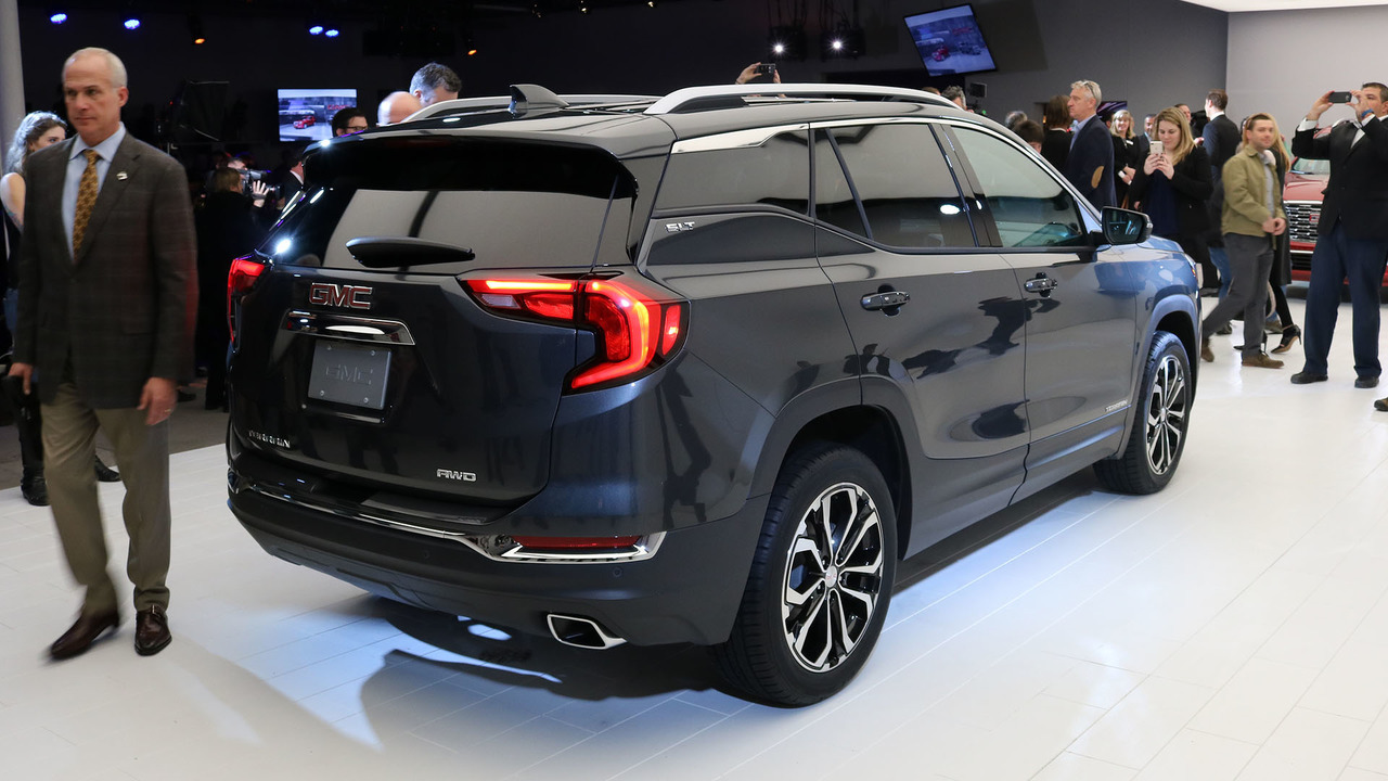Gmc Terrain Amos >> The GMC Terrain's shifter is Worst In Show at Detroit [UPDATED]