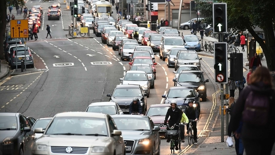 Congestion-reducing 'lane rental' schemes get green light