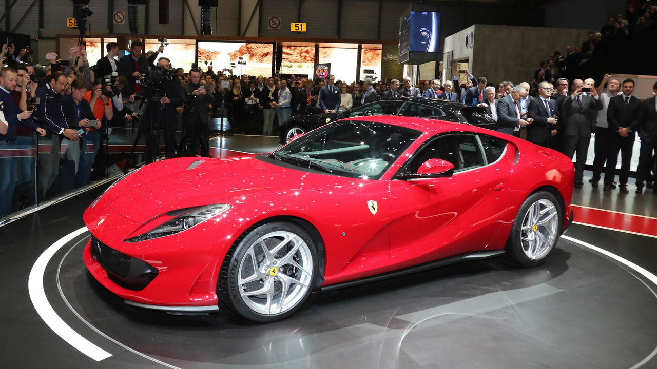 ferrari 812 superfast is here in all of its 800 hp v12 glory. Black Bedroom Furniture Sets. Home Design Ideas