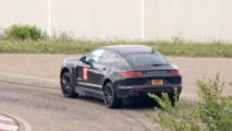 Possible Porsche Cayenne 'Coupe' test mule spy photos