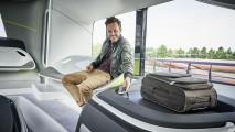 Mercedes, otonom sürüşe sahip geleceğin otobüsünü gözler önüne serdi