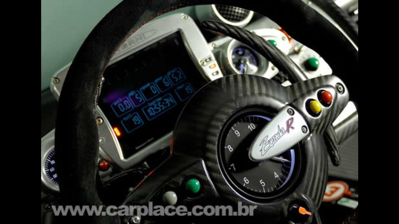 Superesportivo: Novo Pagani Zonda R tem motor 6.0 V12 de 739 cavalos!!