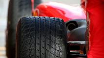 Wet Bridgestone tyre, Formula 1 Testing, Jerez, Spain, 17.02.2010