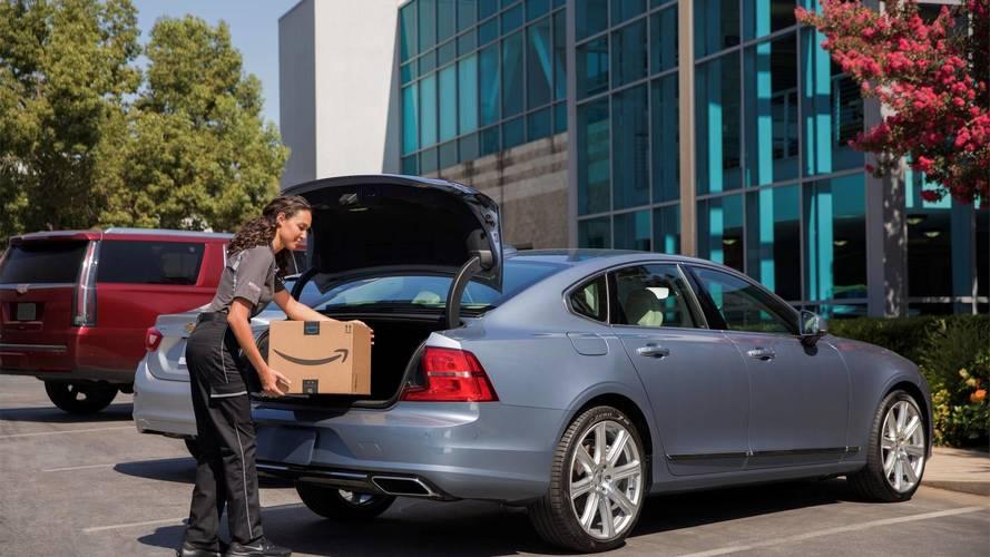 Volvo e Amazon, i pacchi consegnati direttamente in auto