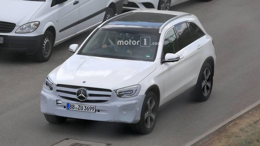 Le Mercedes GLC restylé s'affute