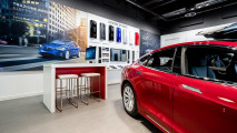 Tesla Store Padova
