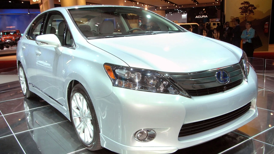 2010 Lexus HS 250h Dedicated Hybrid Unveiled