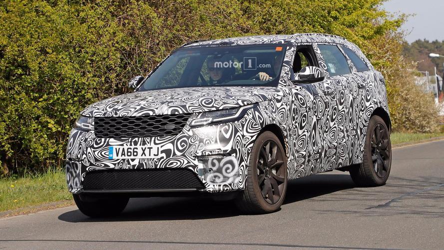 Range Rover Velar SVR bir kere daha yakalandı