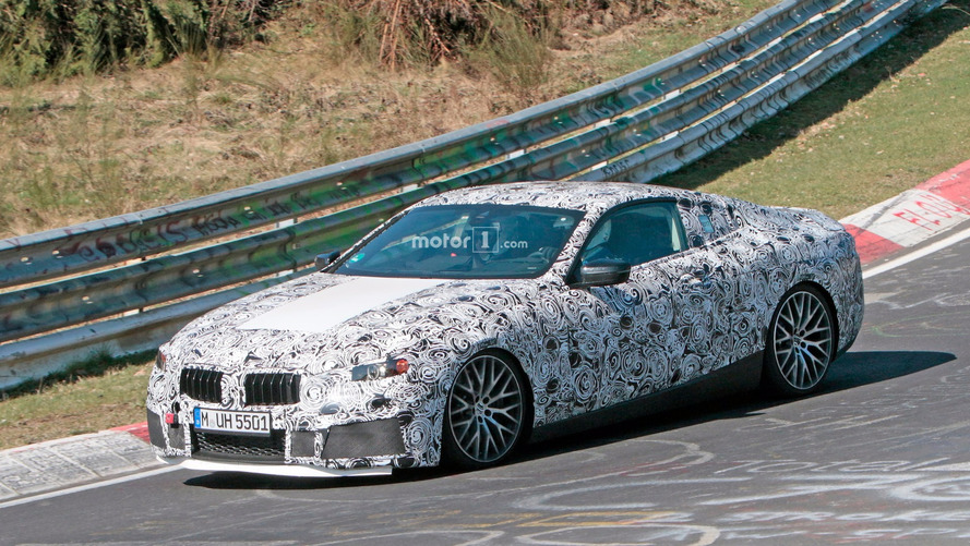 No nos queremos hacer ilusiones, pero... ¿es un BMW M8?