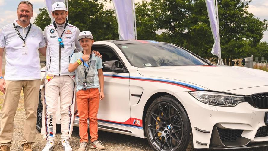 Marco Wittmann írta alá az egyetlen limitált kiadású BMW M4-et
