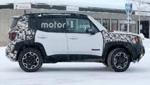 Makyajlı Jeep Renegade Casus Fotoğrafları