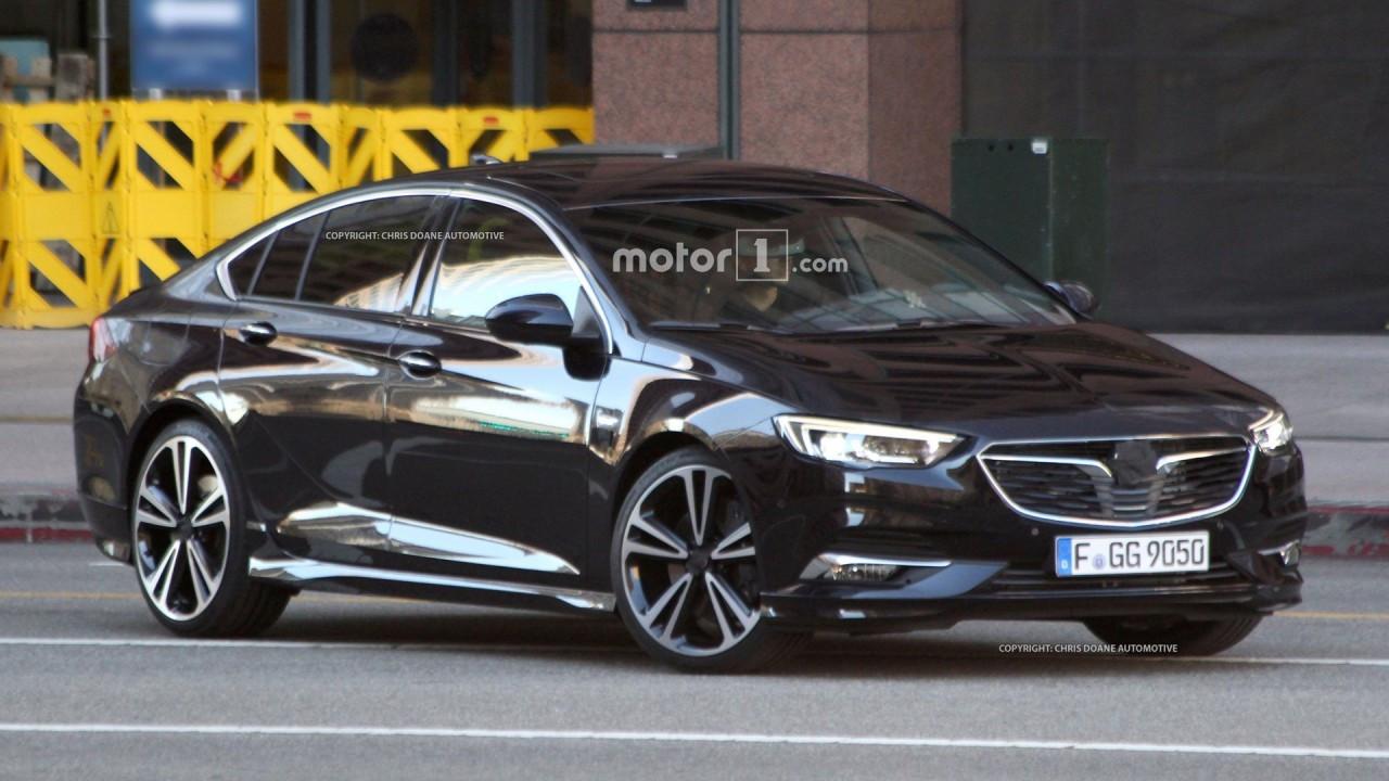 Nuova Opel Insignia Gran Sport, le prime foto