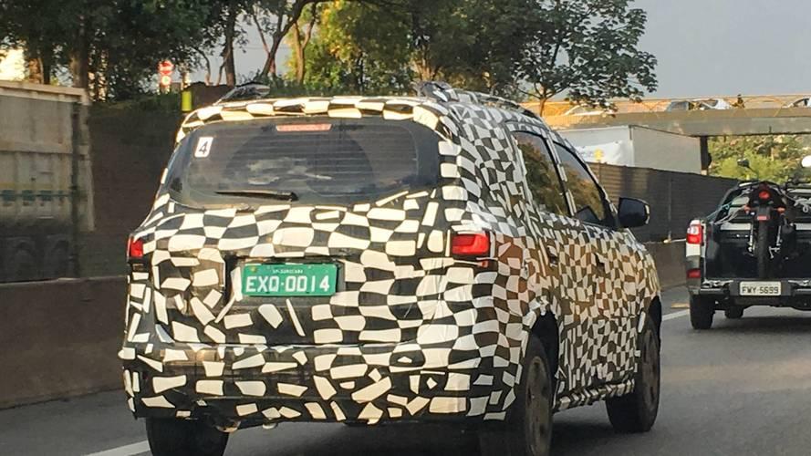 Flagra - Chevrolet Spin 2019 chega no segundo semestre com novo visual