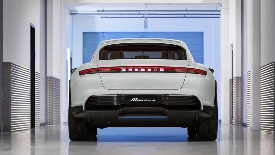 Porsche Cross Turismo'nun üretim modeli 2021'de geliyor