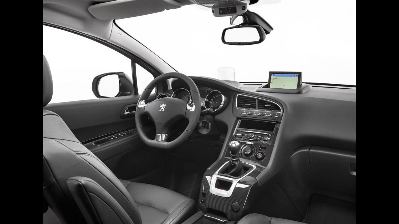 Reestilizado, o Peugeot 5008 também estará no Salão de Frankfurt