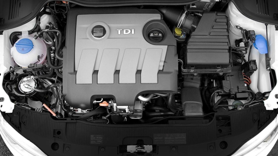 Volkswagen to reduce annual investments by €1 billion; install only SCR and AdBlue on diesels