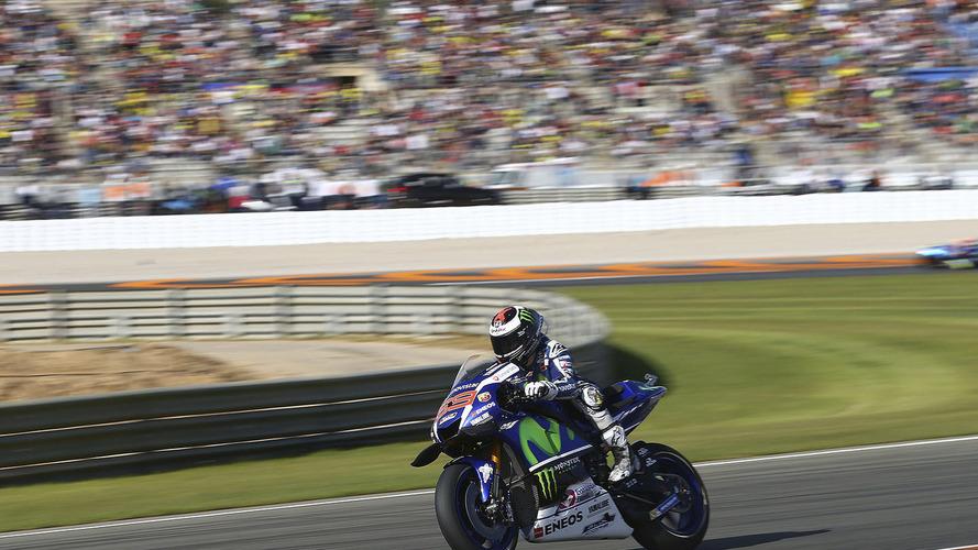 No adeus à Yamaha, Lorenzo vence em Valência; Rossi é 4º