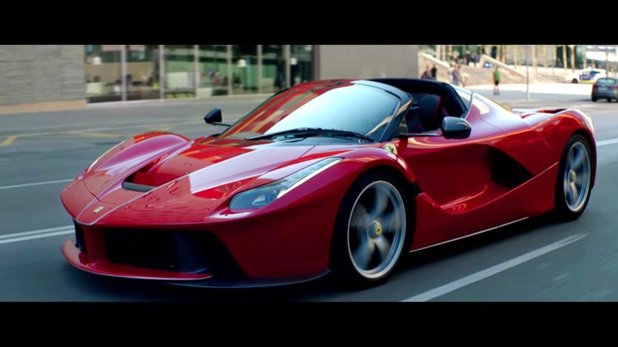Sebastian Vettel hoons LaFerrari Aperta in promo