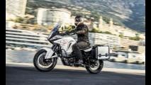 Flagra! Nova geração da Triumph Explorer 1200 roda em testes