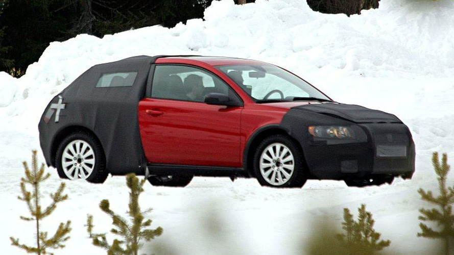 More Volvo C30 Spy Photos