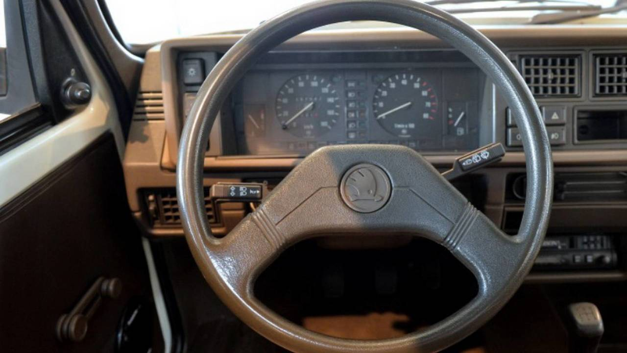 1989 Skoda Favorit direksiyon simidi