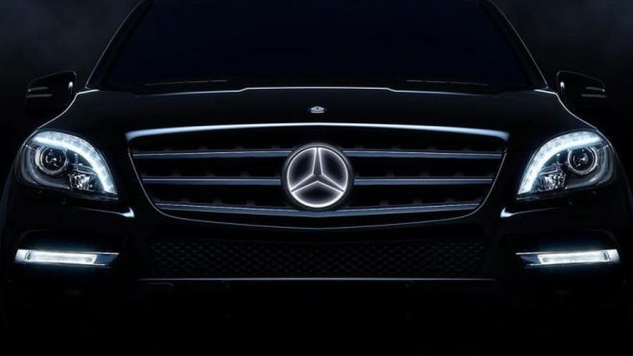 Mercedes-Benz to offer illuminated emblem star [video]