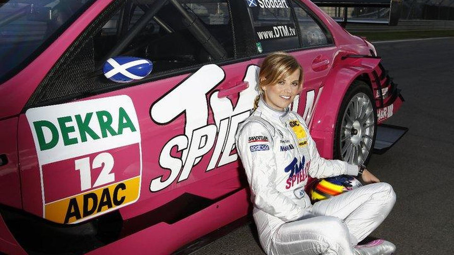 Female DTM driver Stoddart wants F1 test