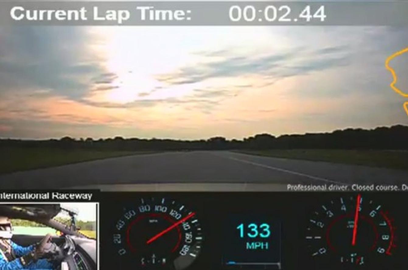 Chevrolet Camaro 1LE Beats Ford Boss 302 Laguna Seca at Virgina International Raceway