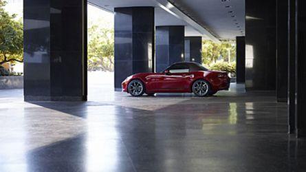 Jobban pörög és reagál a gázra a frissített Mazda MX-5
