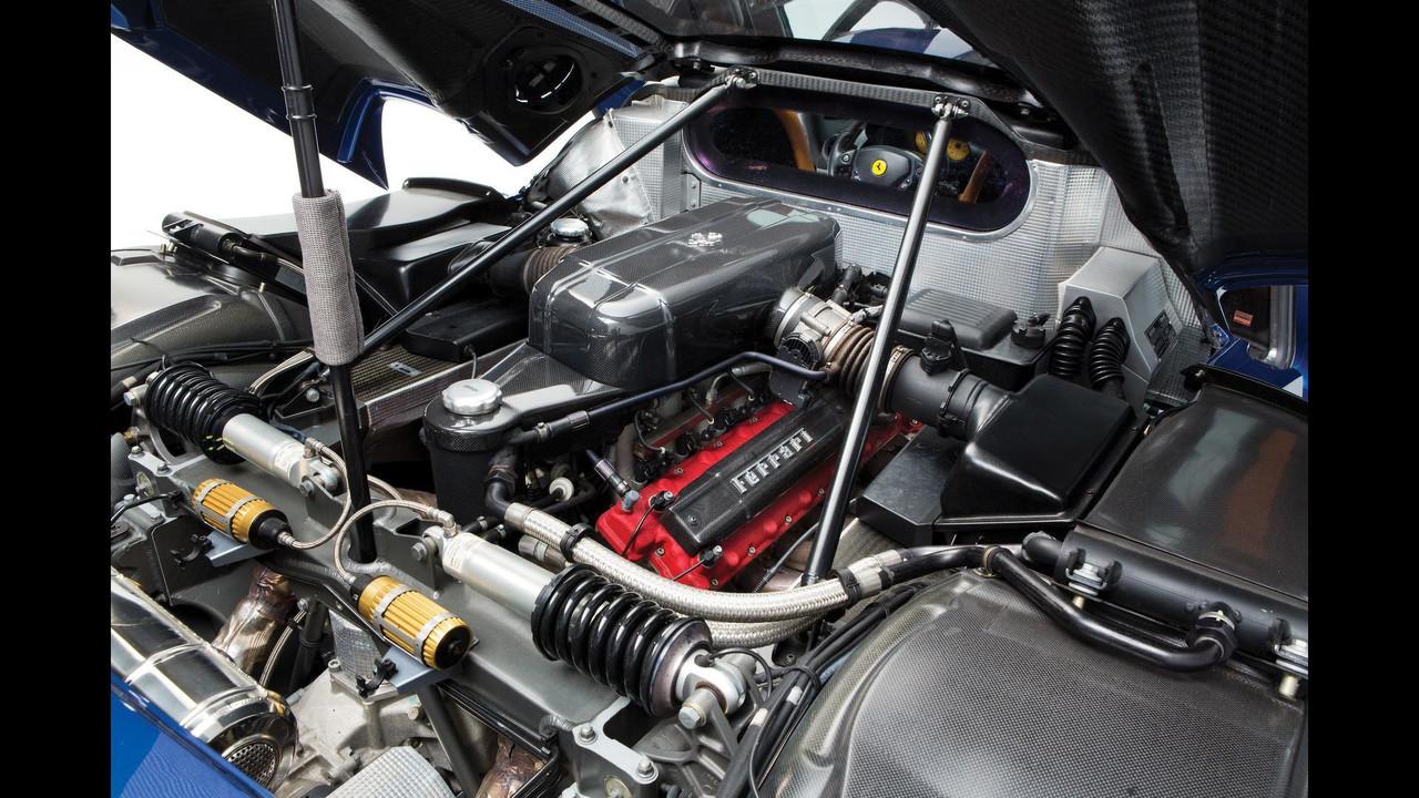 2004 Mavi Ferrari Enzo