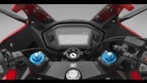 Honda mostra CBR 500R renovada para a linha 2016