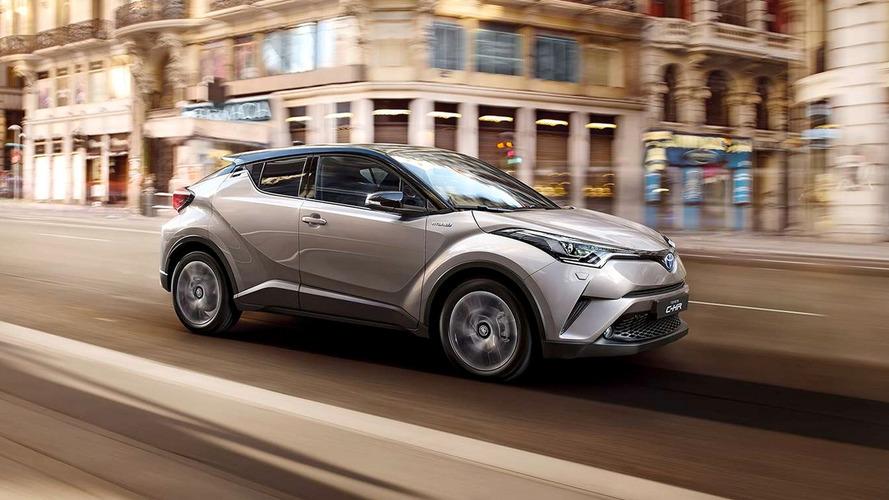 Toyota C-HR híbrido é flagrado na Argentina gravando comercial