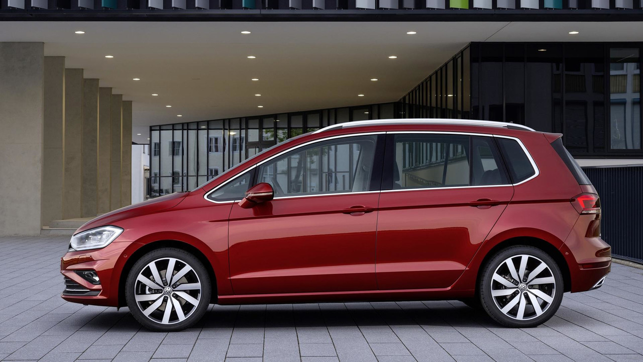 2018 vw golf sportsvan facelift unveiled with more technology. Black Bedroom Furniture Sets. Home Design Ideas