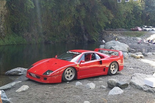 Some Guy took his Ferrari F40 Camping in Japan